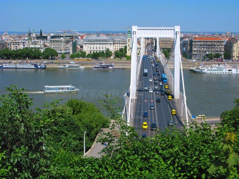 Pont d'Elizabeth au-dessus du Danube, Budapest photo stock