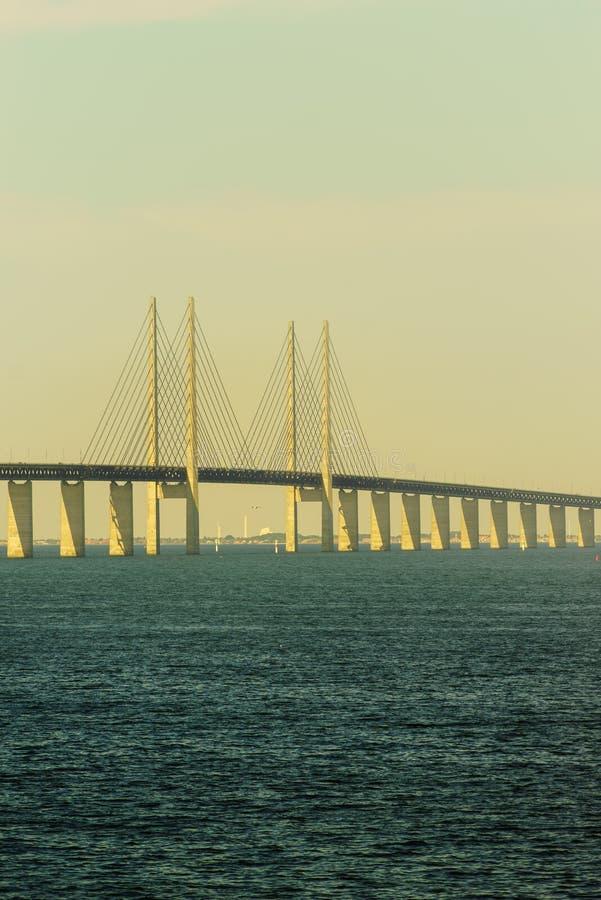 Pont d'Oresund entre le Danemark et la Suède image stock