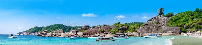 Pont da opinião do panorama com água claro, parque nacional de Similan imagens de stock royalty free