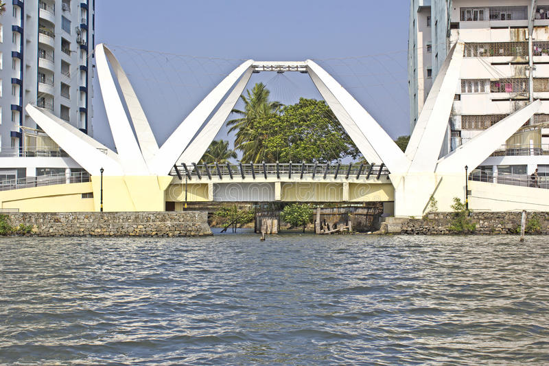 Pont dans Ernakulam image stock