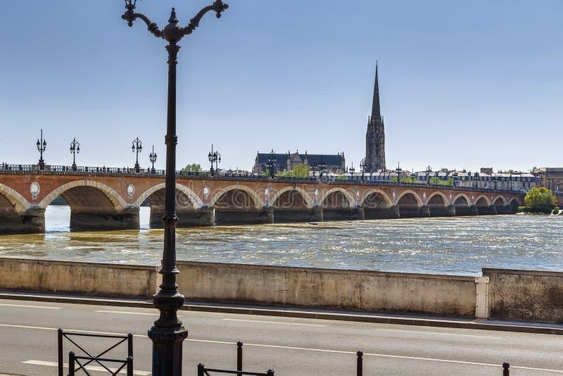 pont de Франции pierre Бордо стоковое изображение rf