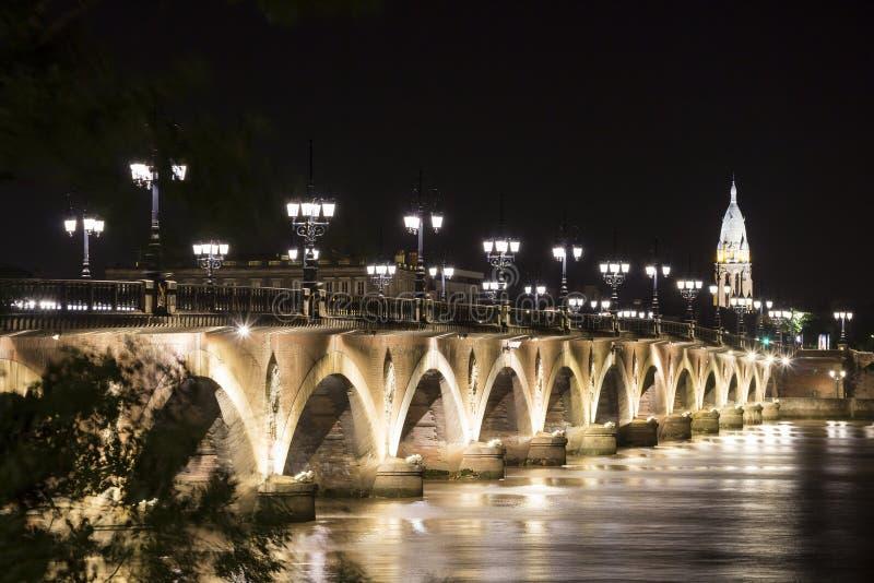 pont de Франции pierre Бордо стоковые фотографии rf