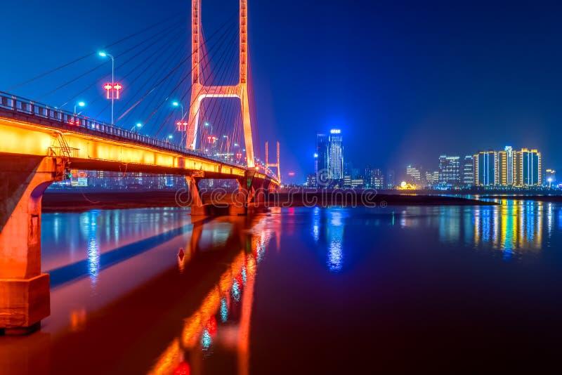 Pont de Bayi - le premier câble-est resté le pont dans la province de Jiangxi photographie stock