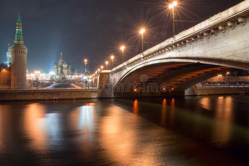 Pont de Bolshoy Moskvoretskiy photos stock