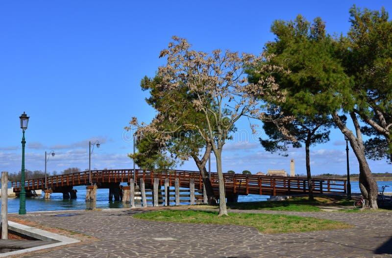 Download Pont De Burano Et île De Torcello Photo stock - Image du lagune, nuage: 87700260