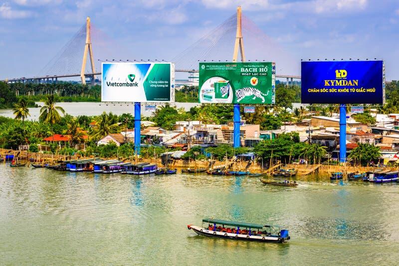 Pont de Cantho, le Mekong photographie stock libre de droits