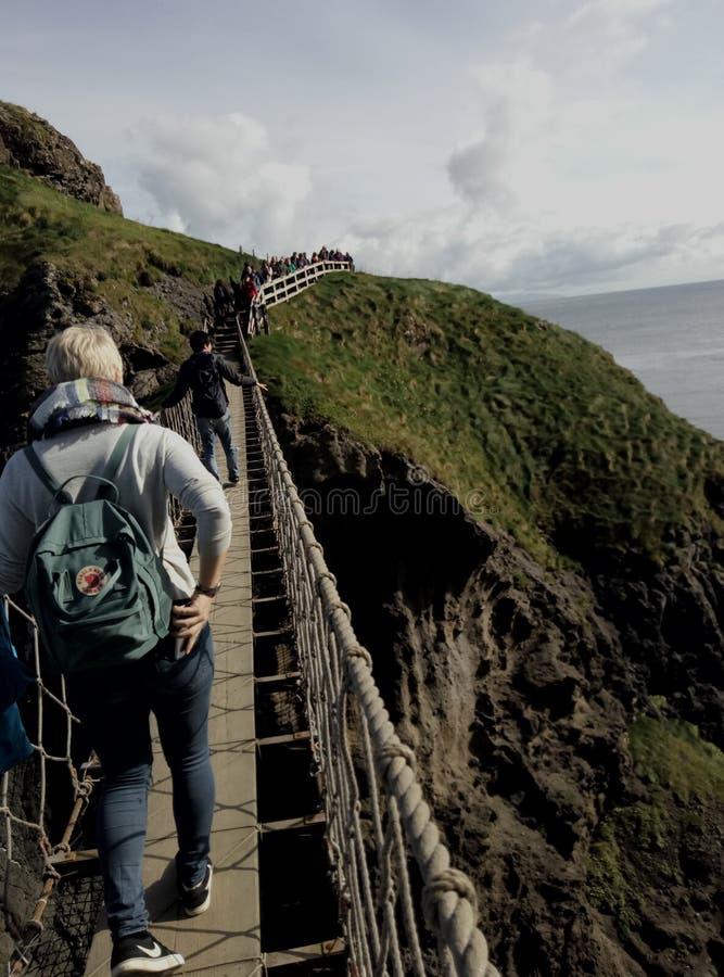Pont de corde en Irlande du Nord image libre de droits
