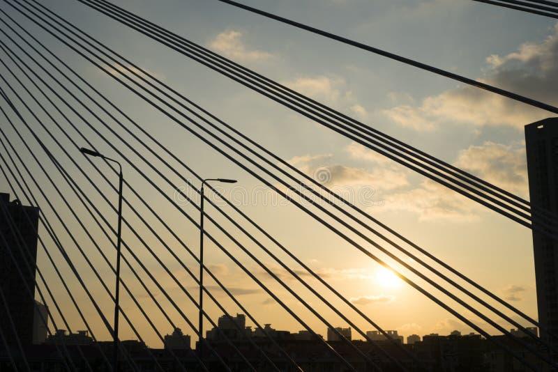 Pont de coucher du soleil photo stock