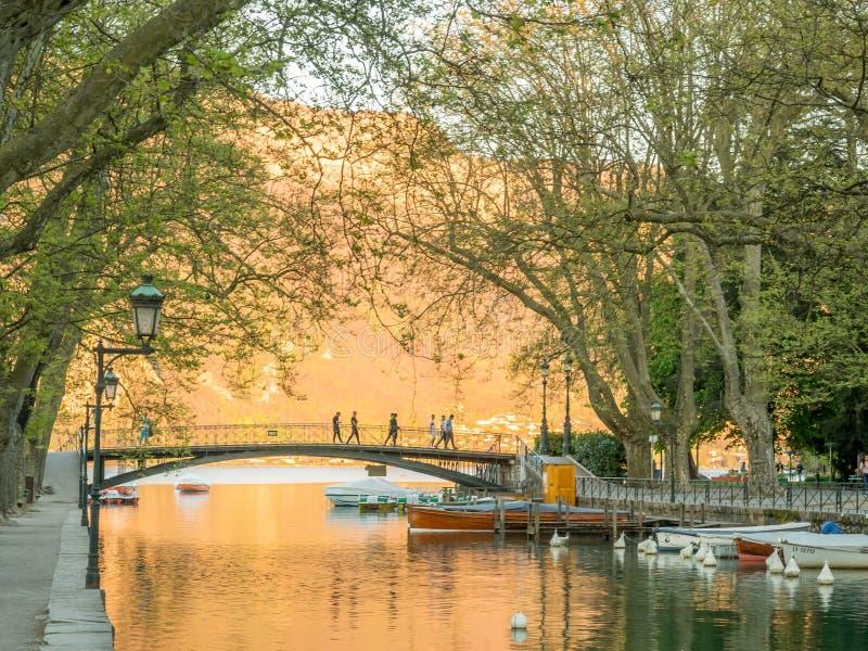 Pont de ` d'amants, Annecy, France photographie stock libre de droits