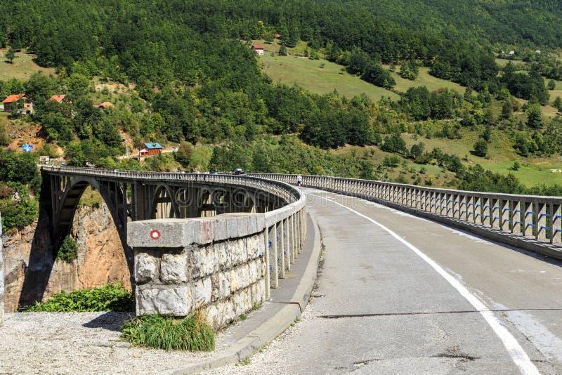 Pont de Djurdjevic, Monténégro photographie stock libre de droits