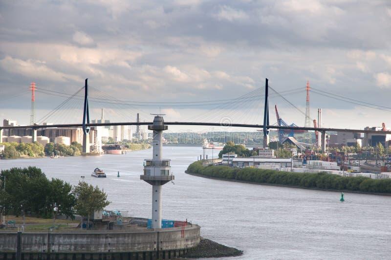 Pont de Köhlbrand dans le port de Hambourg photographie stock