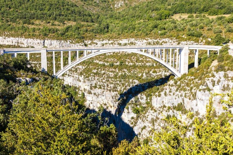 Pont de l& x27;& x27;Artuby,维尔东峡谷,普罗旺斯,法国 库存图片