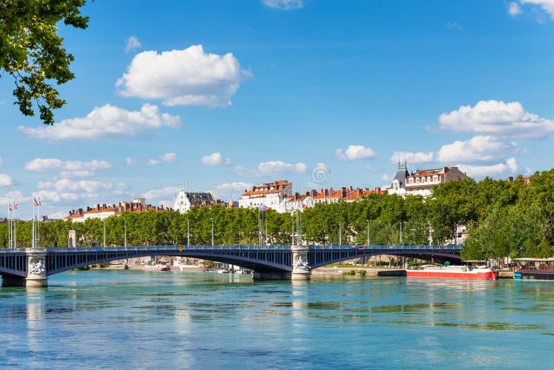 Pont de Lafayette à travers le Rhône à Lyon image libre de droits