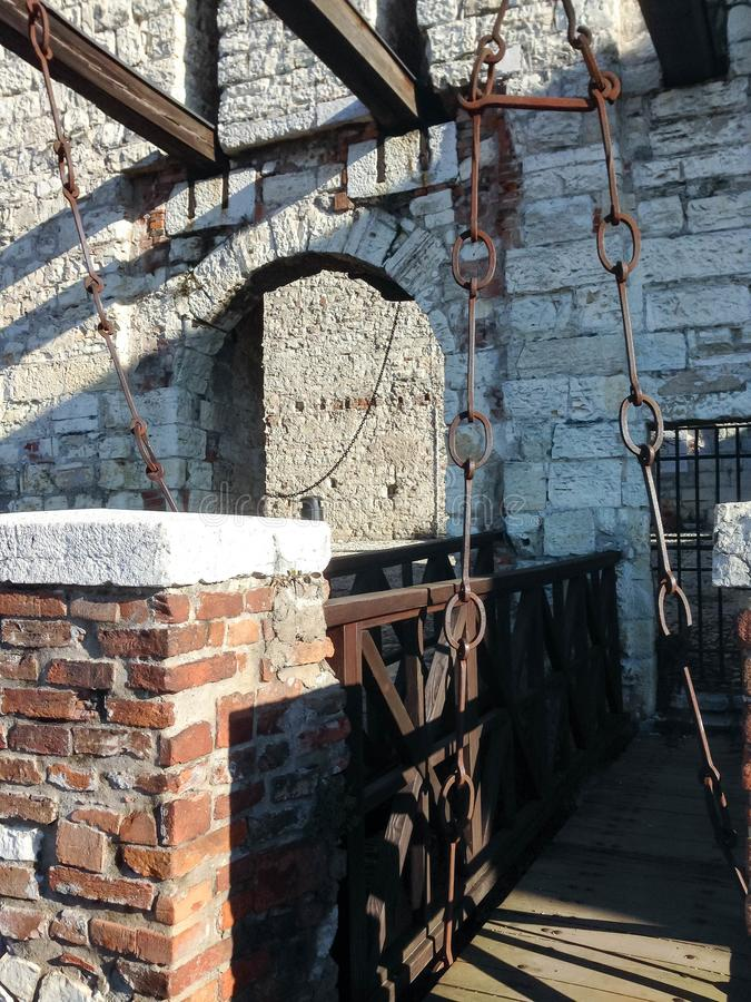 Pont de levage dans la forteresse de Brescia photographie stock libre de droits
