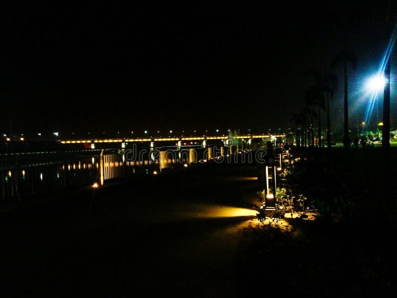 Pont de lumières photographie stock