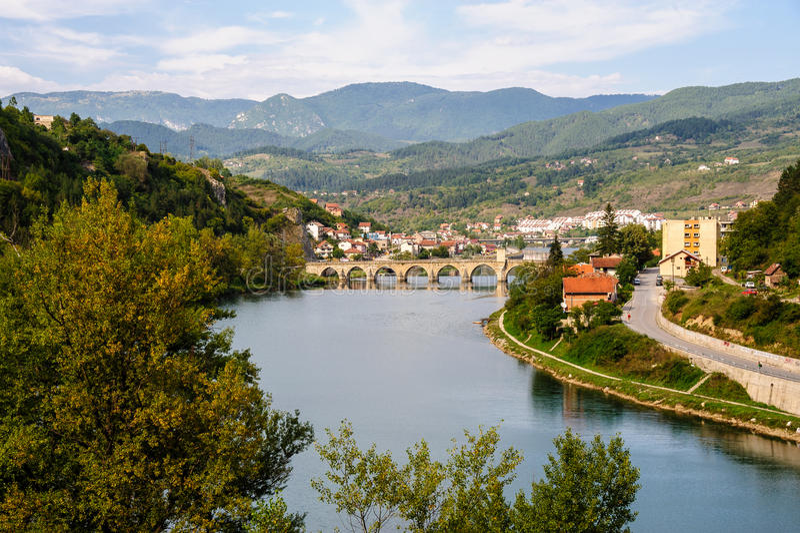 Pont de Mehmed Pasa Sokolovic à Visegrad, Bosnie image libre de droits