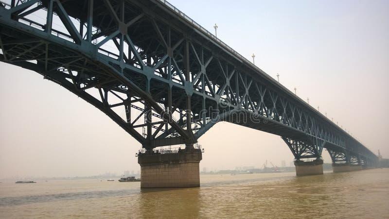 Pont de Nanjing le fleuve Yangtze de la Chine images libres de droits