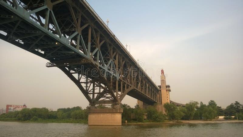 Pont de Nanjing le fleuve Yangtze de la Chine image libre de droits