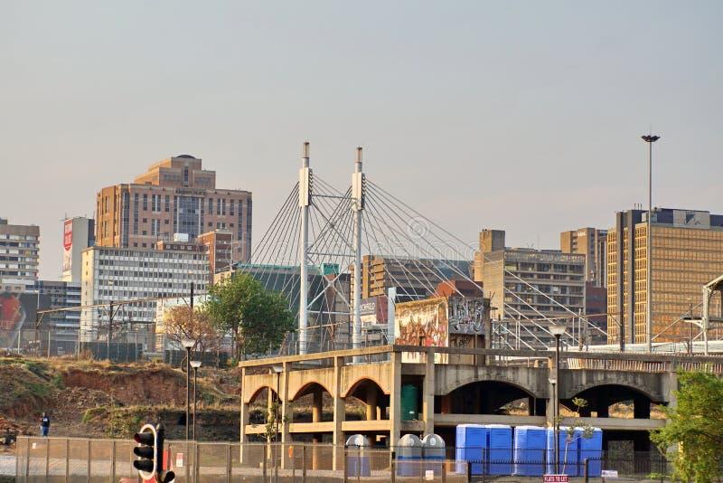 Pont de Nelson Mandela dans Braamfontein photographie stock