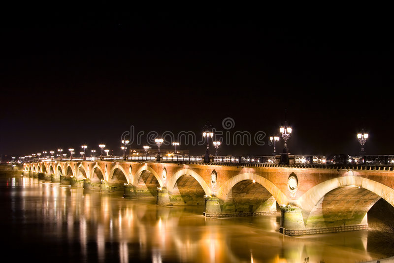 Pont De Pierre stockbilder