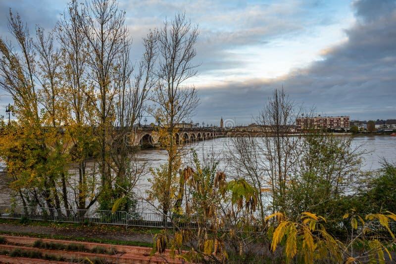Pont de Pierre in Bordeaux, Francia immagini stock