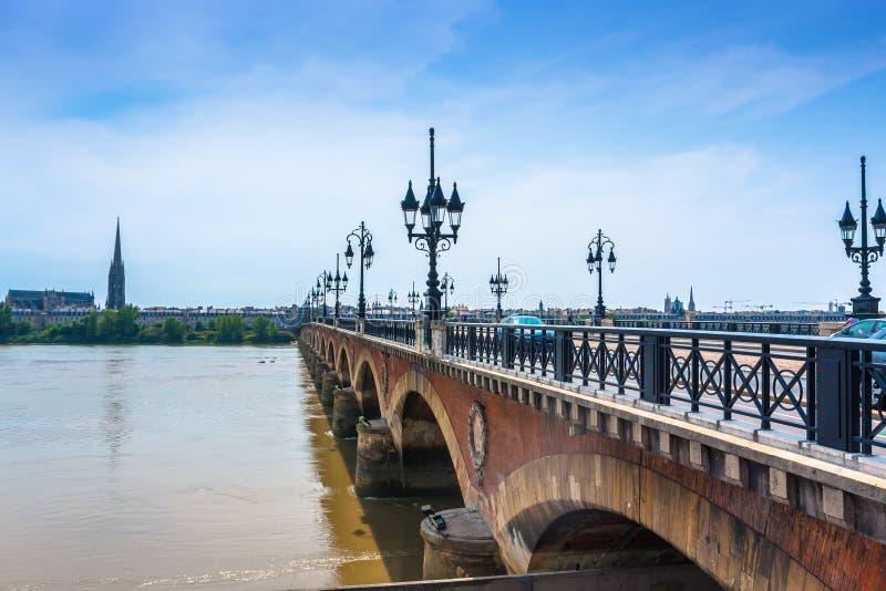 Pont de Pierre no Bordéus, França fotografia de stock royalty free