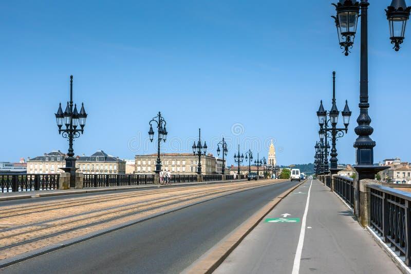 Pont de Pierre no Bordéus, França foto de stock