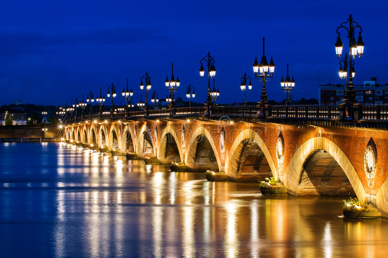 Pont DE Pierre of Steenbrug in Bordeaux, Frankrijk royalty-vrije stock foto