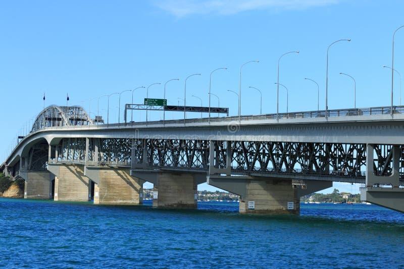 Pont de port d'Auckland images libres de droits