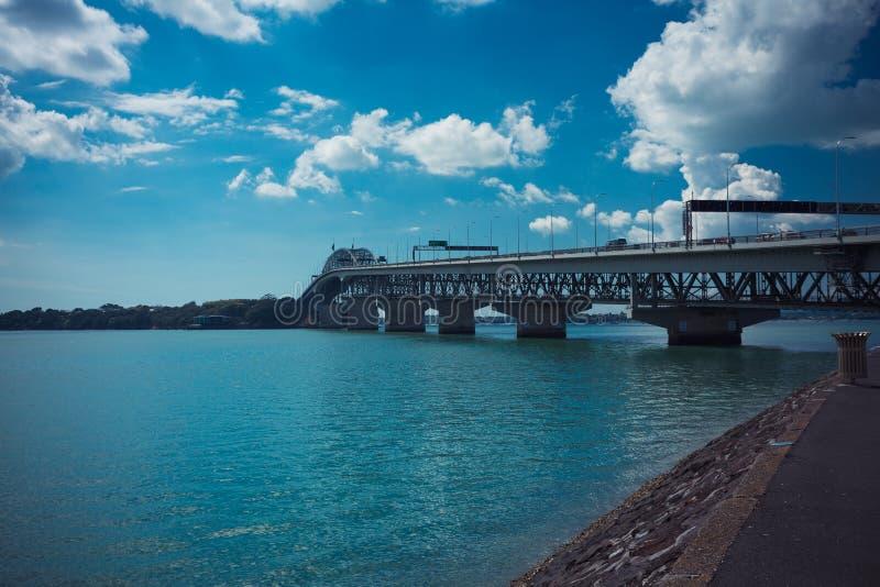 Pont de port d'Auckland photographie stock libre de droits