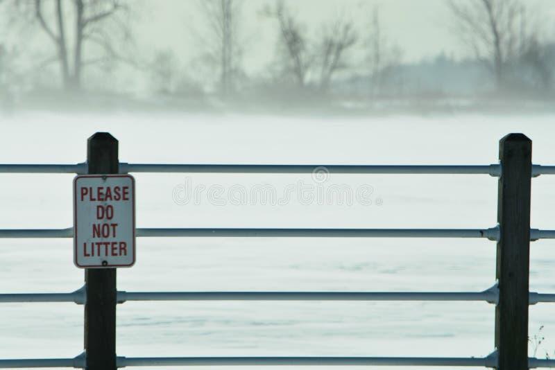Pont de sc?ne d'hiver photographie stock