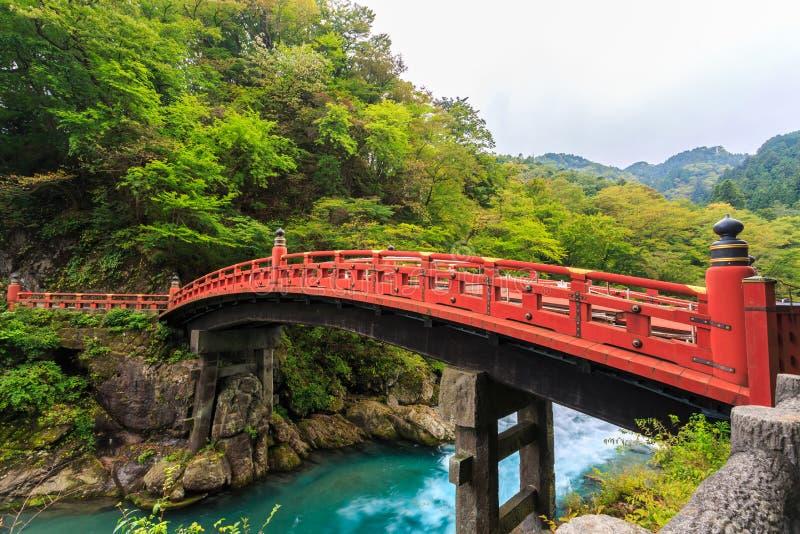 Pont de Shinkyo en automne à Nikko photographie stock