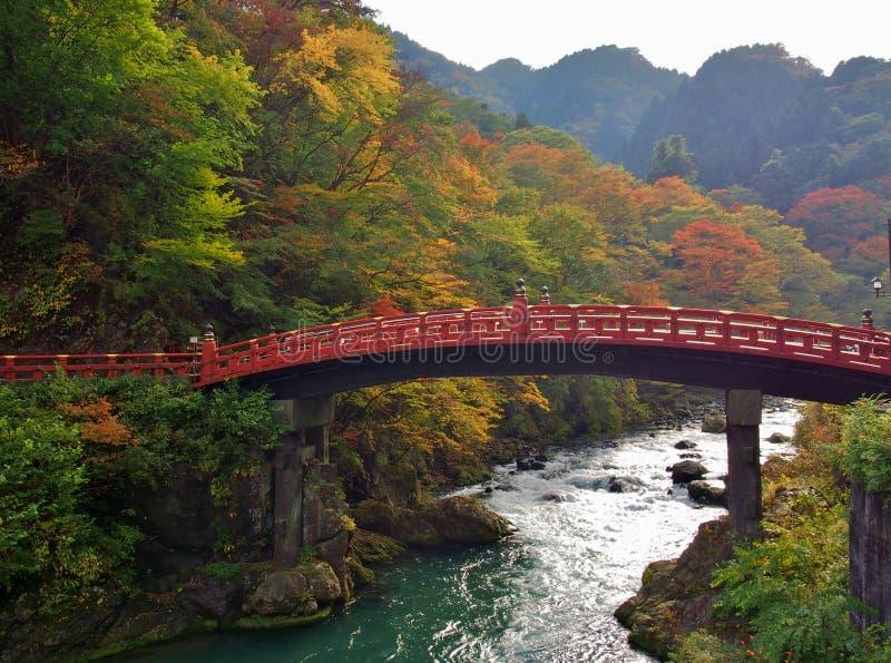 Pont de Shinkyo pendant l'automne à Nikko, Tochigi, Japon images libres de droits