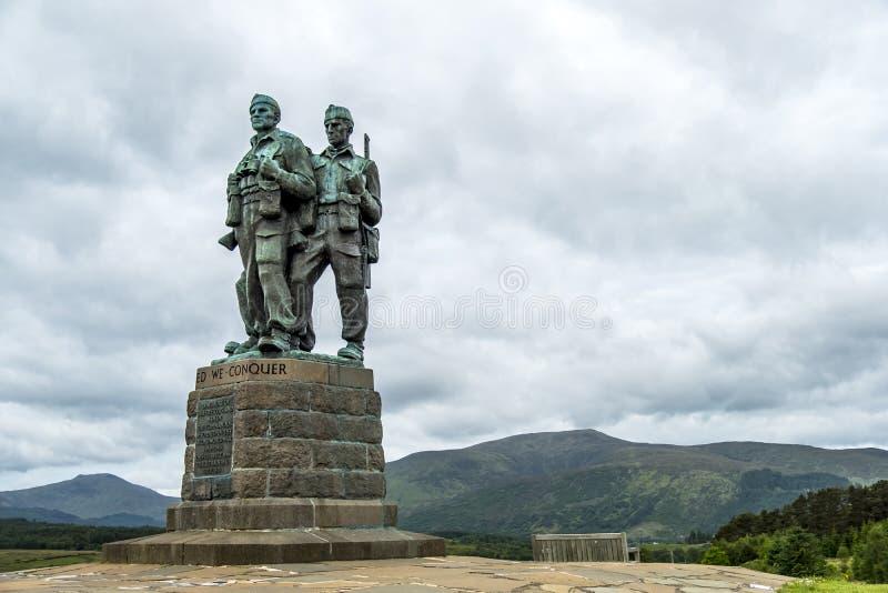 Pont de Spean, Ecosse - 31 mai 2017 : Un mémorial consacré aux hommes des forces britanniques de commando a augmenté pendant photo stock