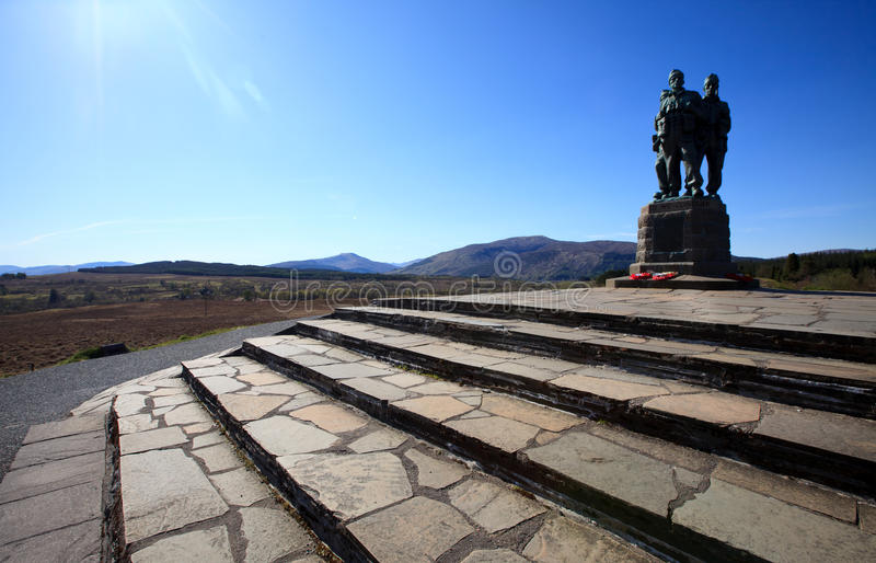 Pont de Spean. Mémorial de commando, montagnes - Ecosse images stock