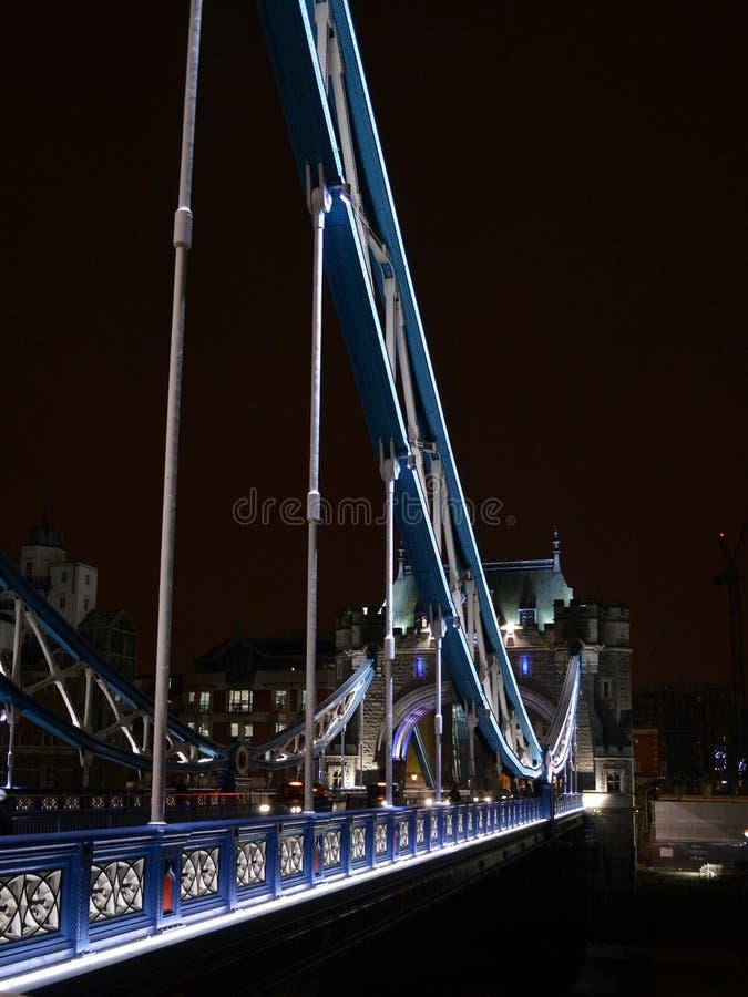 Pont de tour photographie stock libre de droits