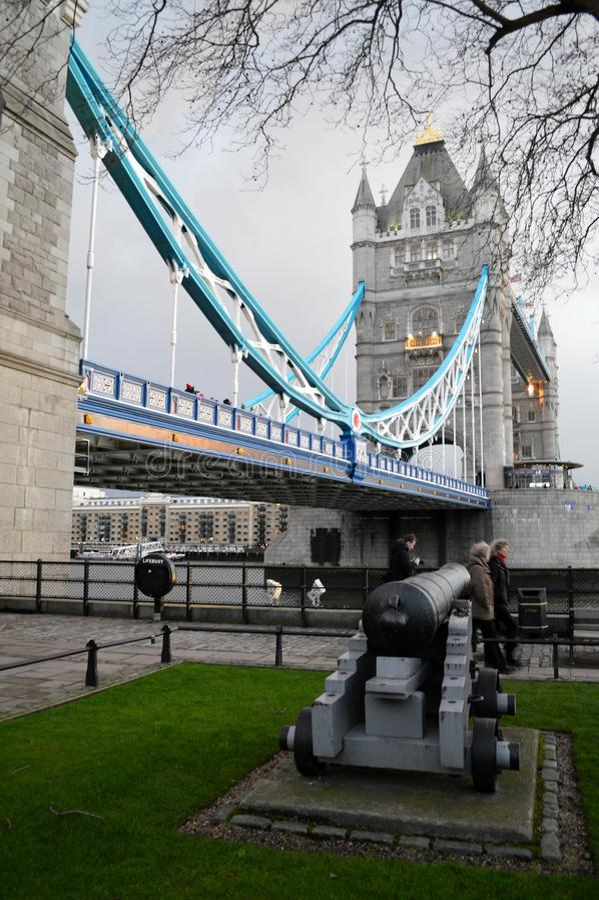 Pont de tour photographie stock