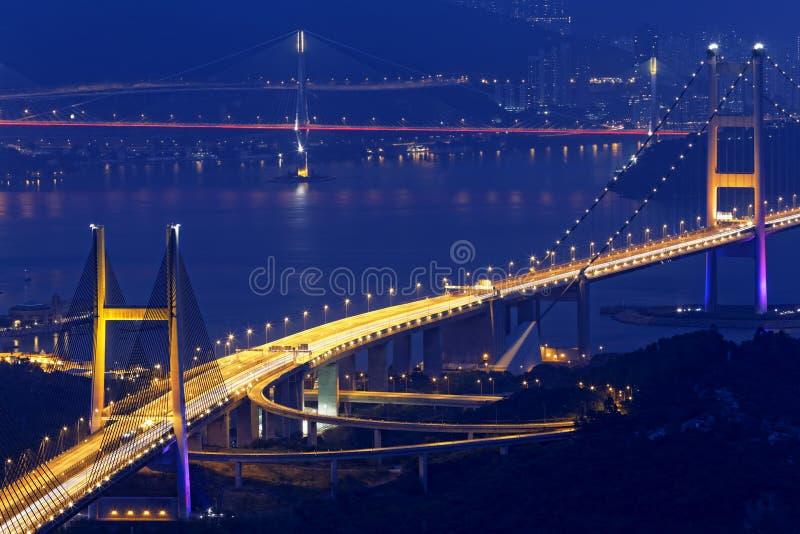 Pont de Tsing mA la nuit photo libre de droits