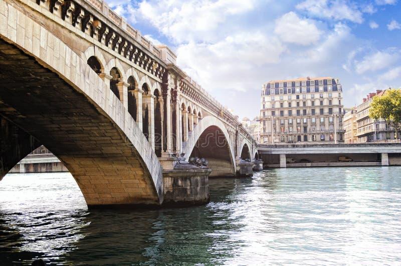 Pont de Wilson au-dessus du Rhône photos stock