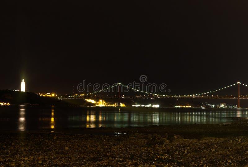 Pont du 25 avril photo libre de droits