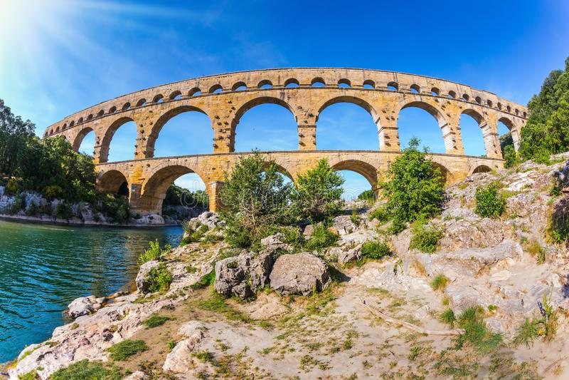 pont du gard мост-водовода принятое фото объектива fisheye стоковое изображение rf