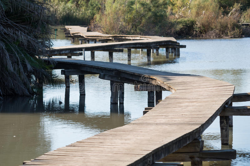 Pont en bois chez Ein Afec images libres de droits