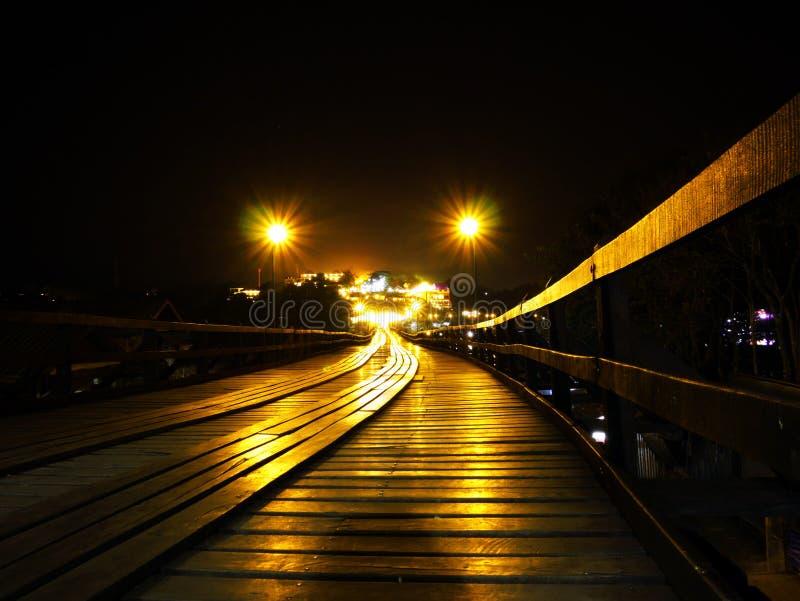 Pont en bois de Sangkhlaburi Thaïlande photographie stock libre de droits