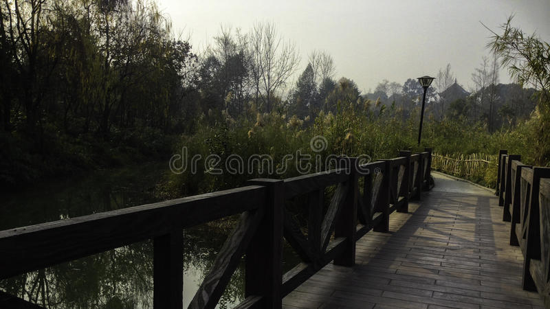 Pont en bois en Chine photo stock