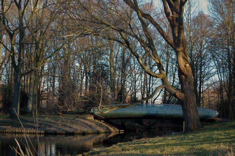 Pont en parc à Amsterdam image stock