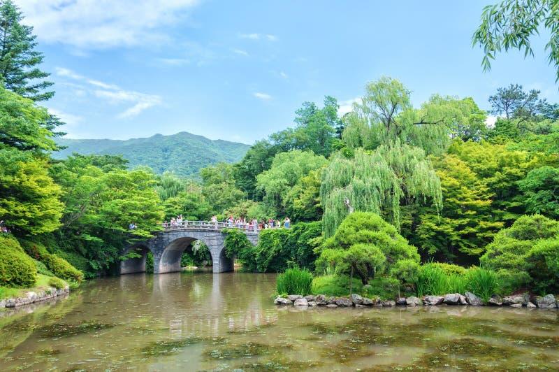 Pont en pierre chez Bulguksa images stock
