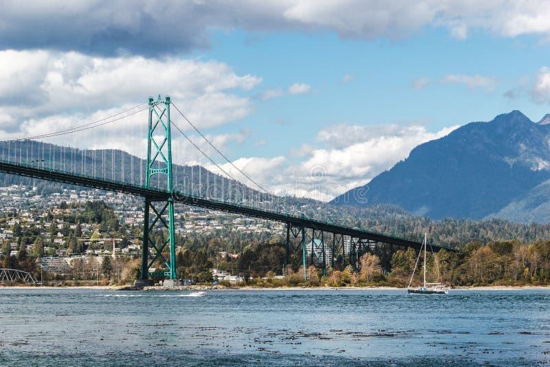 Pont en porte de lions à Vancouver, AVANT JÉSUS CHRIST, Canada photographie stock libre de droits