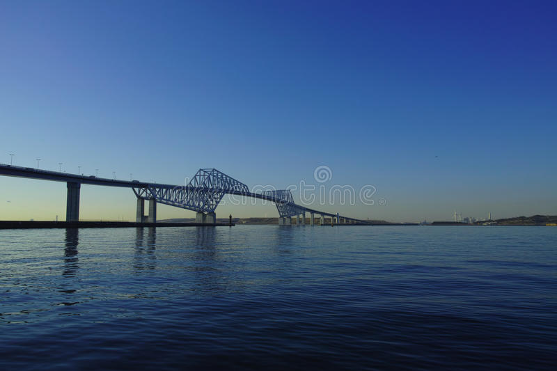 Pont en porte de Tokyo images stock