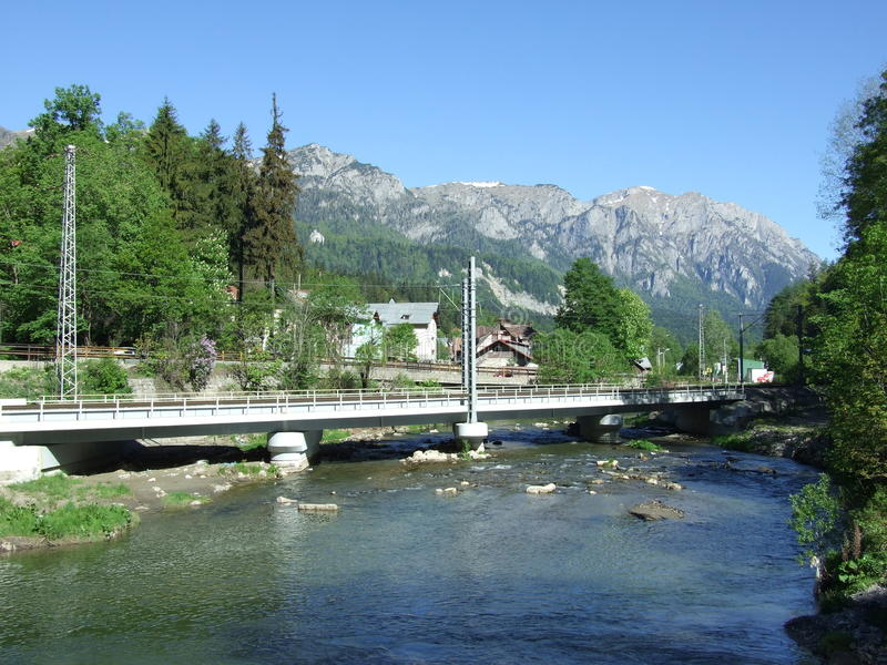 Pont en rail de Concerete images stock