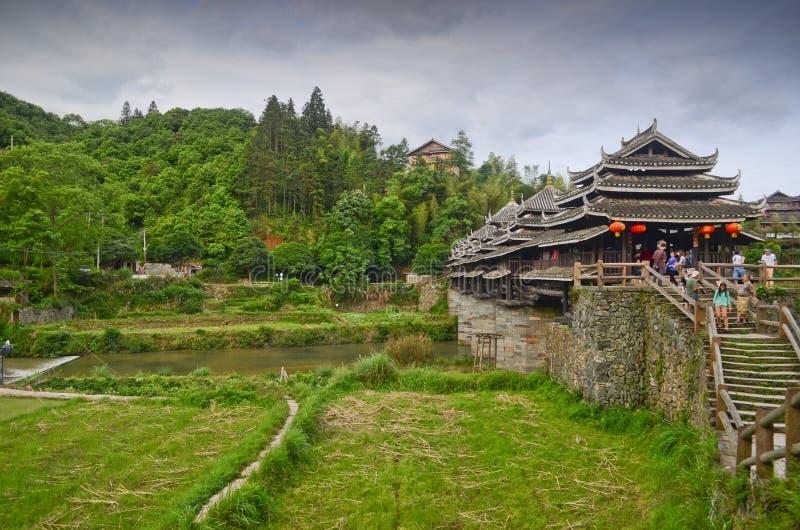 Pont en vent de Chengyang images libres de droits